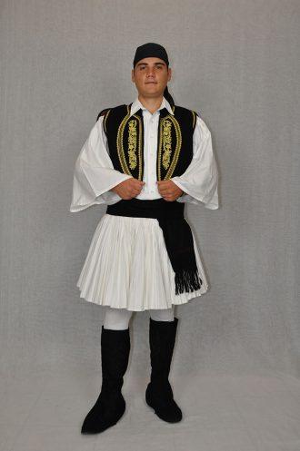 mani-andriki-paradosiaki-foresia-peloponnisos